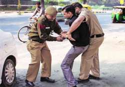 man attempts self immolation outside jaitley s residence