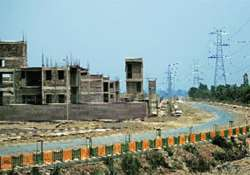 mayawati govt gave 110 plots to builders business houses at- India Tv