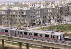 metro train services to dwarka disrupted again
