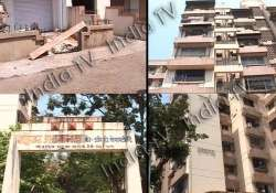 mother throws son from 7 storeyed building jumps to death