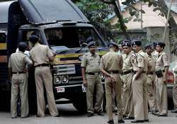mumbai police suspends 41 cops for absence during ganesh
