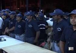 mumbai police takes help from local youths for night time