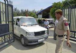 murdered bsp leader s wife son quizzed