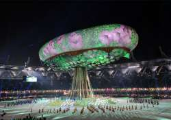 nearly rs 600 cr loss due to inexperienced consultant cwg oc