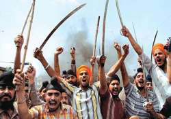 paramilitary deployed sirsa sealed after clashes