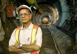 sreedharan headed foundation sides with civil society on