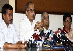 team anna lashes out at rss over taking credit