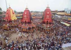 us national thrashed for trying to board jagannath chariot- India Tv