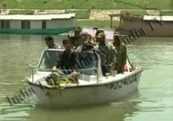 water taxis launched in jhelum river for srinagar tourists