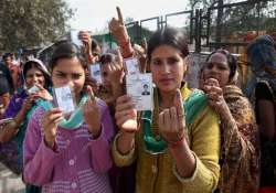 women voters turnout higher than men in 10 states/uts