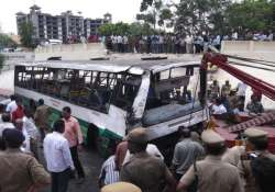 30 injured after bus fell from flyover
