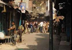 meerut tense as communal clashes leave 50 injured