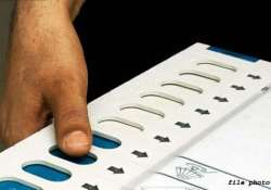 j k polls 39 independents in fray in first phase