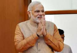 pm modi sends personalised sms greetings to 18 lakh cops on