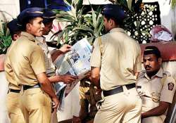 maharashtra polls seven cpm workers arrested for attacking