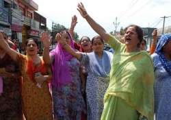 kashmiri pandits threaten fast unto death