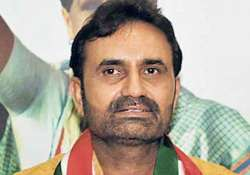 7.50 lakh unemployed youths in gujarat says congress mla