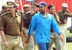 dhoni s security downgraded to y from z category
