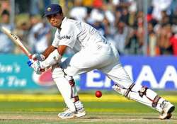 english players watch dravid s videos to master spin