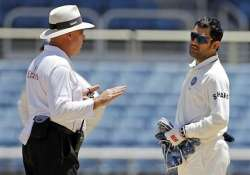 harper claims dhoni tried to intimidate him