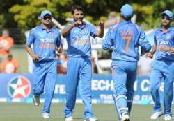 india should stick with their bunch of bowlers damien