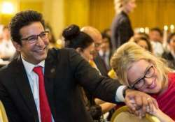 wasim akram the sultan of swing bowling soon to be dad