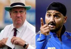 know why harbhajan singh got miffed up with aussie umpire