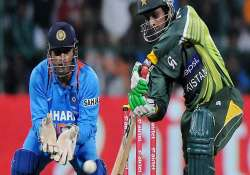 another series defeat for india as batsmen flop again