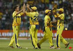 chennai knock mumbai out of ipl reach second qualifier
