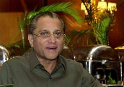 paul enters fray for cab top post pitted against dalmiya
