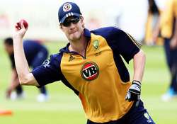 shane watson powers australia to 8 wicket win over south