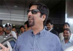 srikkanth says it s not right to reveal details of