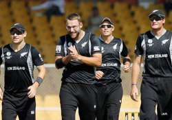 vettori warns teammates of a stronger pakistan