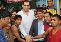 the great khali bats for better infrastructure for
