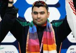 four gold strike by india fails to keep hosts in second spot