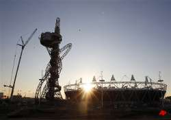 london s olympic orbit towers gets decked in light