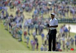 tiger woods birdies 2 early holes at masters