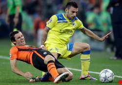 apoel holds shakhtar to 1 1 draw
