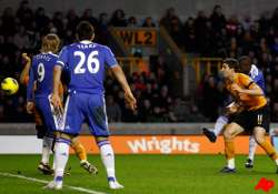 chelsea goes fourth with win as arsenal collapses