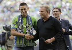 dempsey leaves england joins seattle sounders