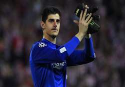 epl courtois gets nod over cech as chelsea goalkeeper