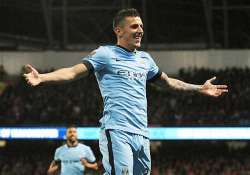 epl stevan jovetic double helps city beat liverpool 3 1