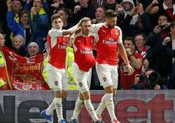 arsenal s hopes still alive after 2 0 cl win over bayern