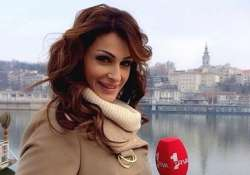 know how a tv football presenter s beauty distracted players