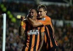 epl hull draws 2 2 with west ham