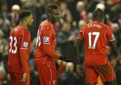 substitute balotelli grabs late liverpool winner vs spurs