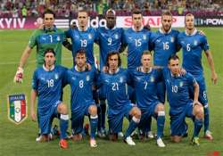 italy seeking to end spain s domination in final