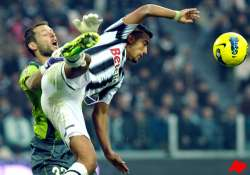 juventus looking to go clear with win over lazio