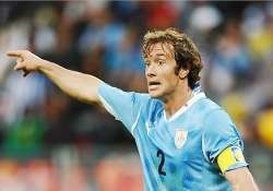 psg signs defender diego lugano from fenerbahce
