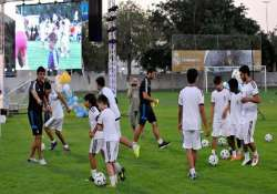 real madrid foundation to conduct soccer clinics in mumbai